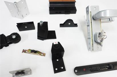 Tecnosoluciones en aluminio y vidrio distribuidores de for Herrajes de aluminio para toldos
